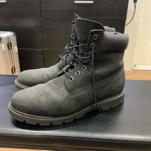 Timberland 6 Inch Boot - Black - Size 8.5